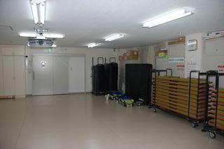 集会室−改装前004.JPG